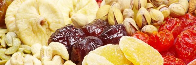 La frutta secca allunga la vita